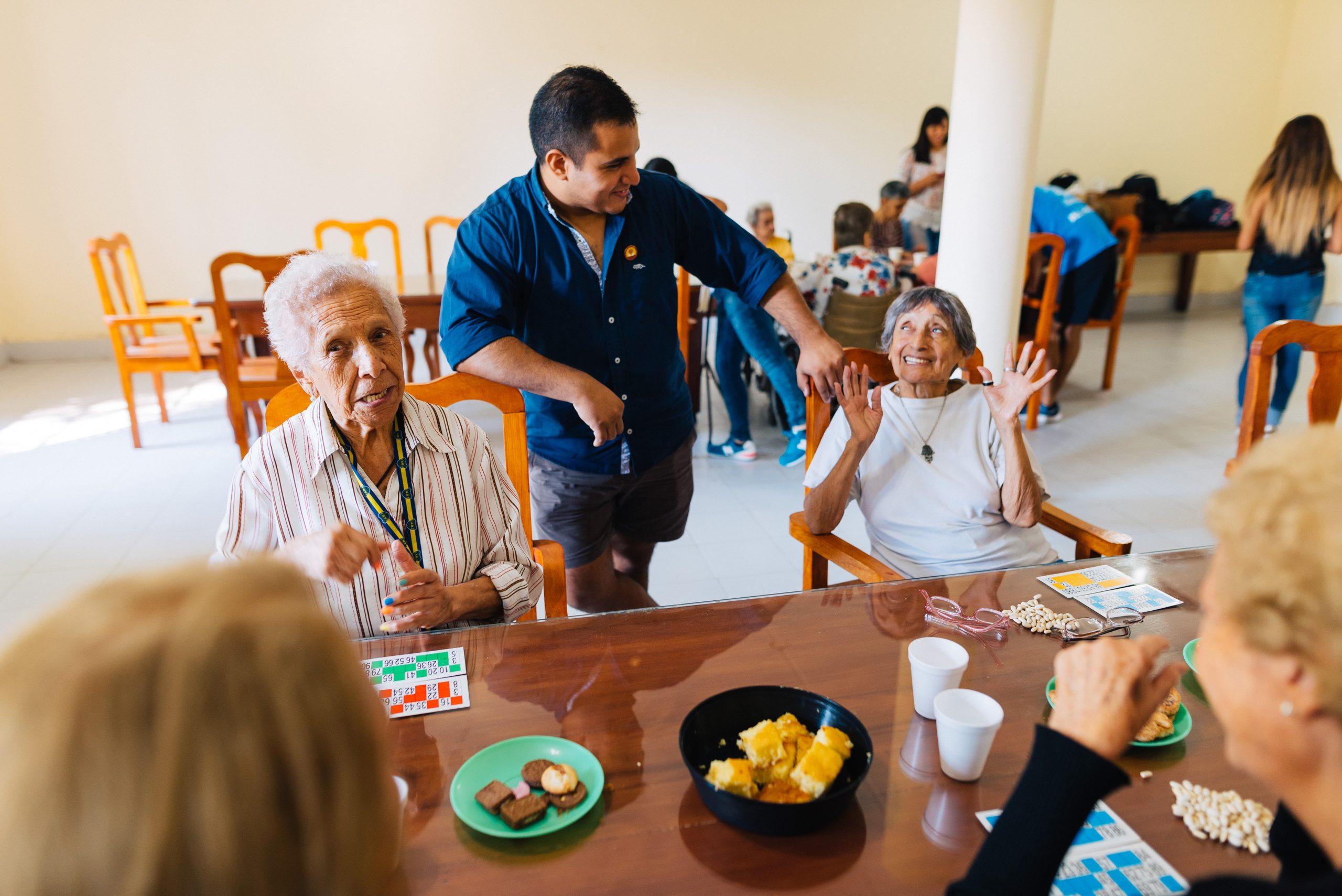 Besuch im Altenheim und Bingo Nachmittag